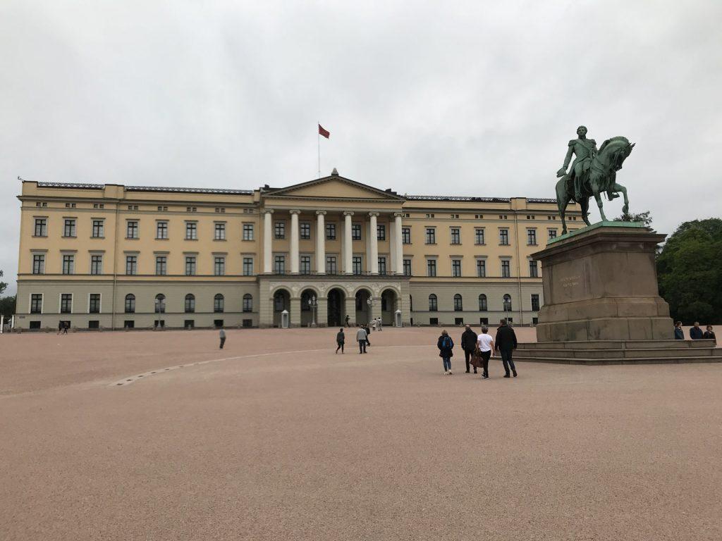 palacio-real-oslo-Noruega Dinamarca e Holanda